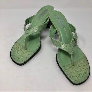 "Rockport Womens Thong Sandal 3"" Heels size 8W"